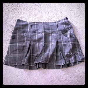 GUESS JEANS PLEATED GRAY CHECKERED SKIRT POCKETS